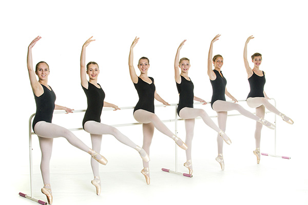 Pointe Classes at Academie de Ballet