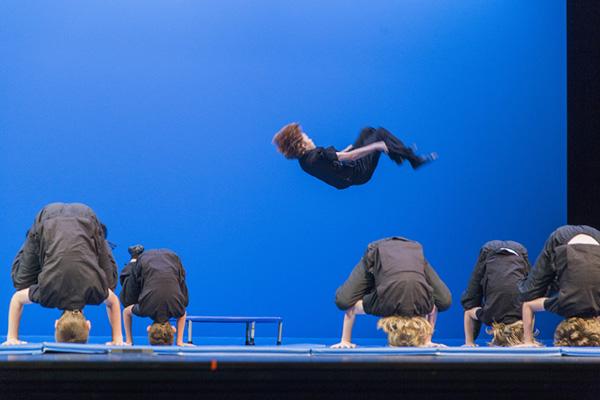 Academie de Ballet tumbling classes
